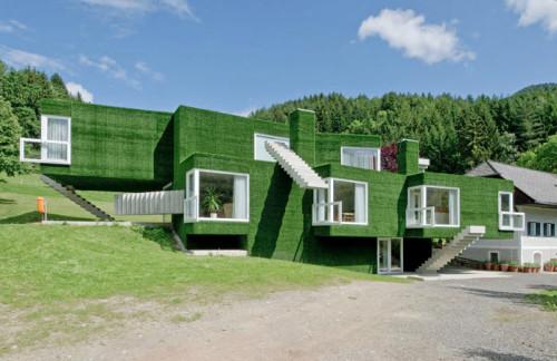 Dom z zieloną fasadą we Frohnleiten - ghb.pl - mat.budowlane1